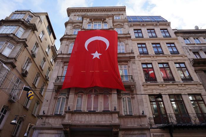 Istanbul-Turkey (81)-700x700